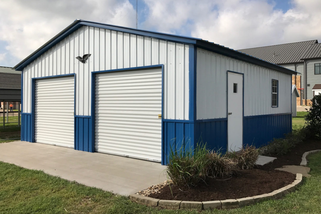 24 X 25 X 8 Enclosed Vertical Style Garage