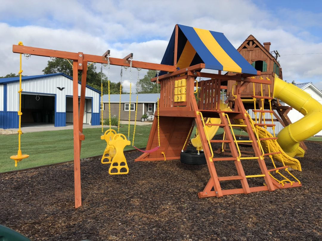 Parrot Island Playcenter with Tarp Roof