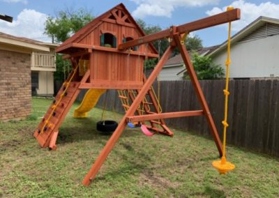 Farm-and-Yard-Central-Texas-Parrot Island Playcenter-treehouse-Wood-Roof-1