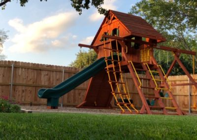Farm-and-Yard-Central-Texas-Parrot Island Playcenter-treehouse-Wood-Roof-7