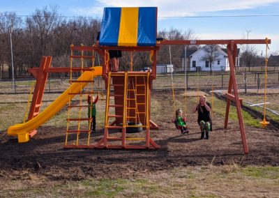 Farm-and-yard-central-texas-backyard-playground-customer-6