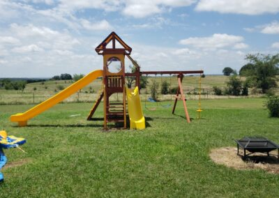 farm-and-yard-central-texas-parrot-island-config-5-tarps-playground-customer-3
