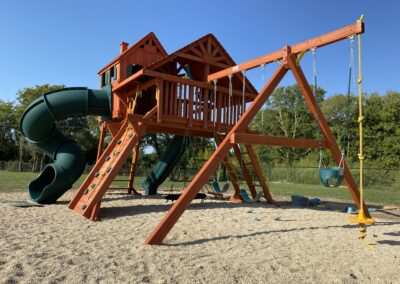 Farm-and-yard-megasized-rr-cabin-spiral-slide-customer-1