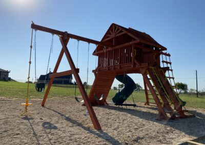 Farm-and-yard-megasized-rr-cabin-spiral-slide-customer-2