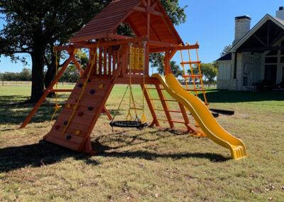 farm-and-yard-texas-parrot-island-wood-roof-custoer-1