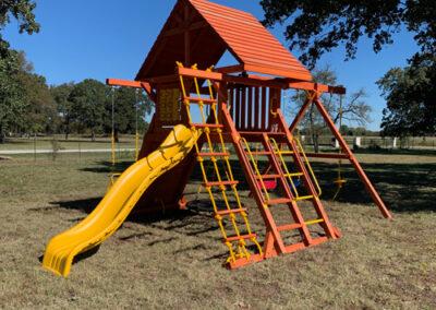 farm-and-yard-texas-parrot-island-wood-roof-custoer-2