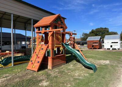 Price Reduced SAVE $632!! ~ Pre-Owned Parrot Island Fort W/ Treehouse and Playhouse Panels